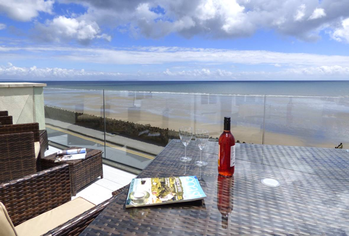 Capel Swn y Mor - 5 Star Holiday home - Amroth, Pembrokeshire, Wales