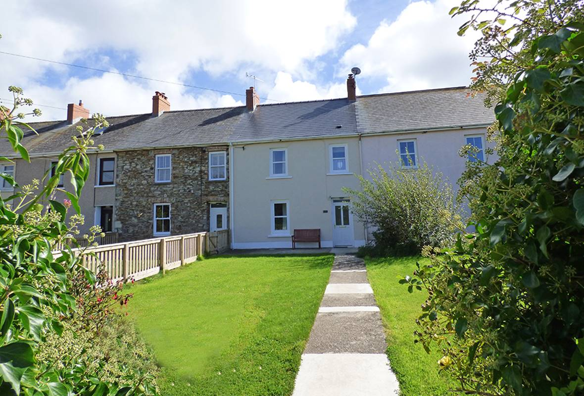 Puffin Cottage - 4 Star Holiday Home - Broad Haven, Pembrokeshire, Wales