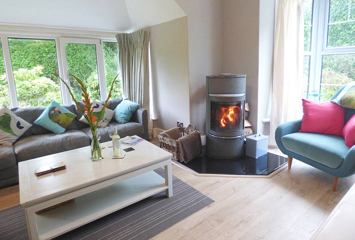 Spring Tide Cottage - 4 Star Holiday Home - Saundersfoot, Pembrokeshire, Wales