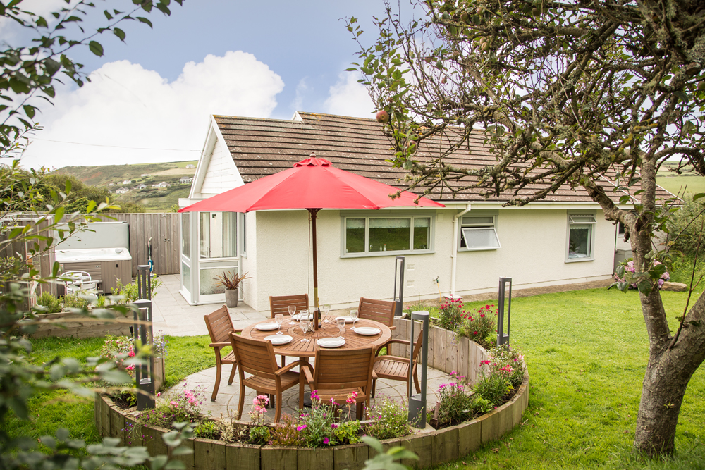 Pictures of 6 Wood Village & 6 Wood Village Newgale | 5 Star Holiday Home in Pembrokeshire ...