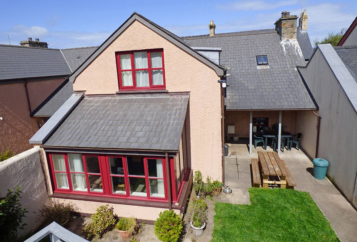 London House - 4 Star Holiday Home - Newport, Pembrokeshire, Wales