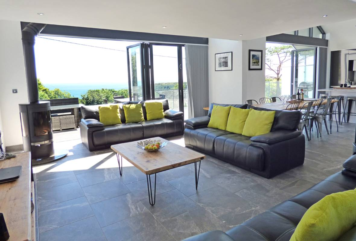 Bentonville - 5 Star Holiday Home - Freshwater East, Pembrokeshire, Wales