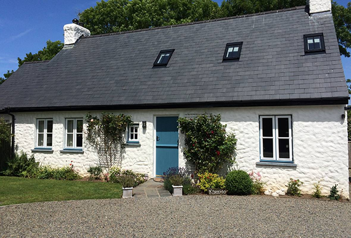 Kisongo - 4 Star Holiday Cottage - Newport, Pembrokeshire, Wales