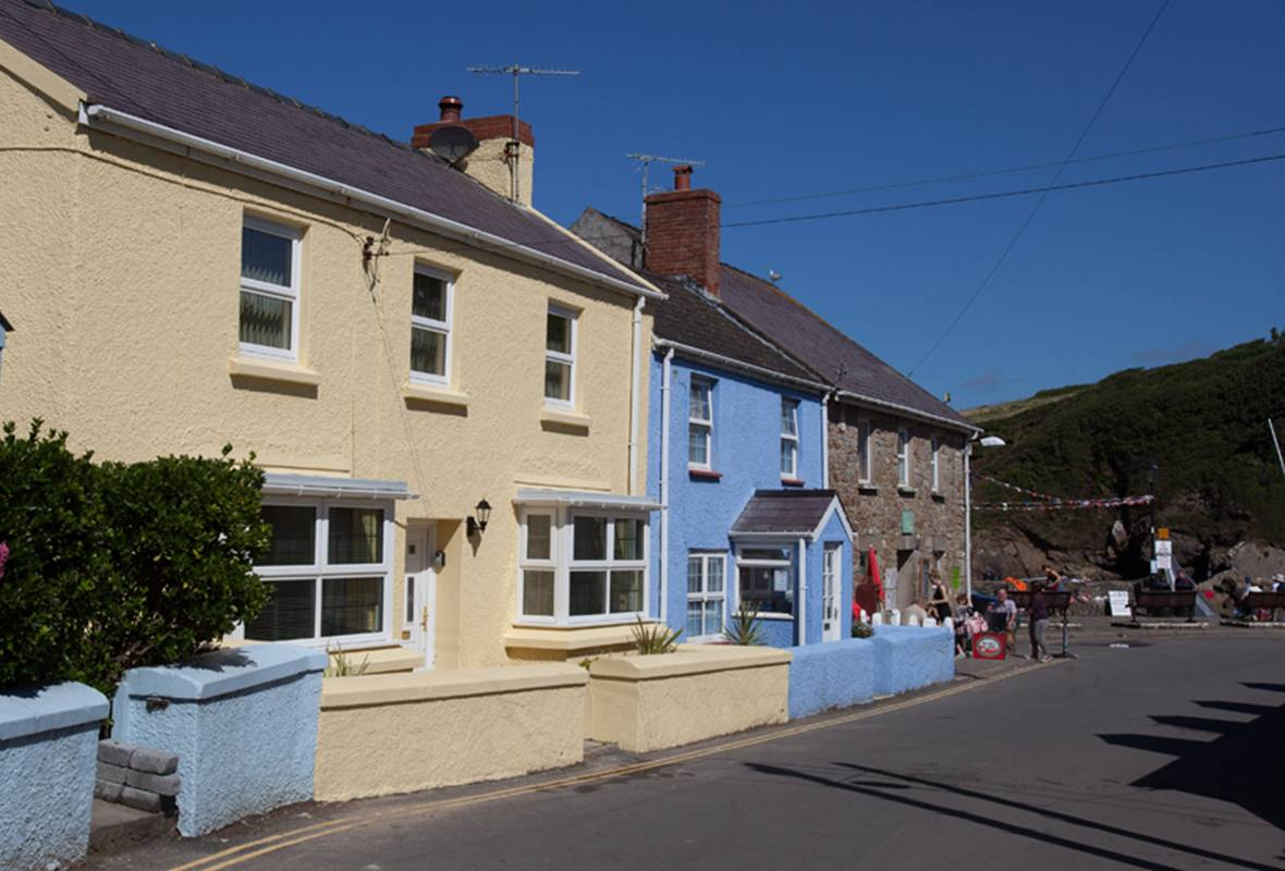 Beachways - 4 Star Holiday Cottage - Little Haven, Pembrokeshire, Wales