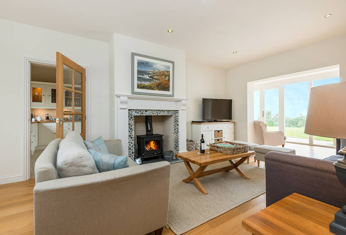 Penberi View - 5 Star Holiday Cottage - Nr Solva, Pembrokeshire, Wales