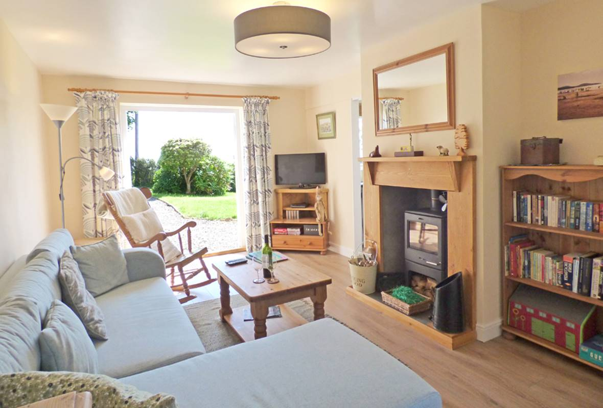 Afallon - 4 Star Holiday Cottage - Mathry, Pembrokeshire, Wales