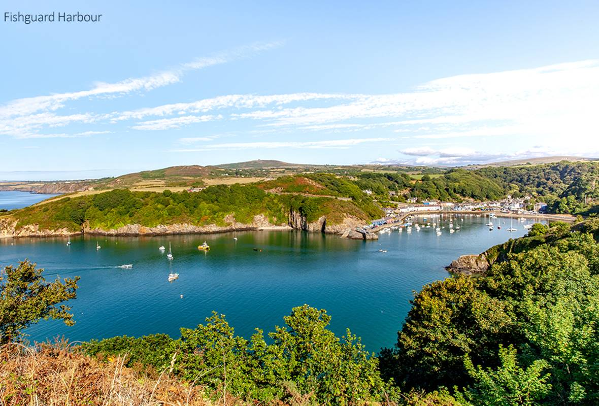 15 Newport Road - 4 Star Holiday Cottage - Fishguard, Pembrokeshire, Wales