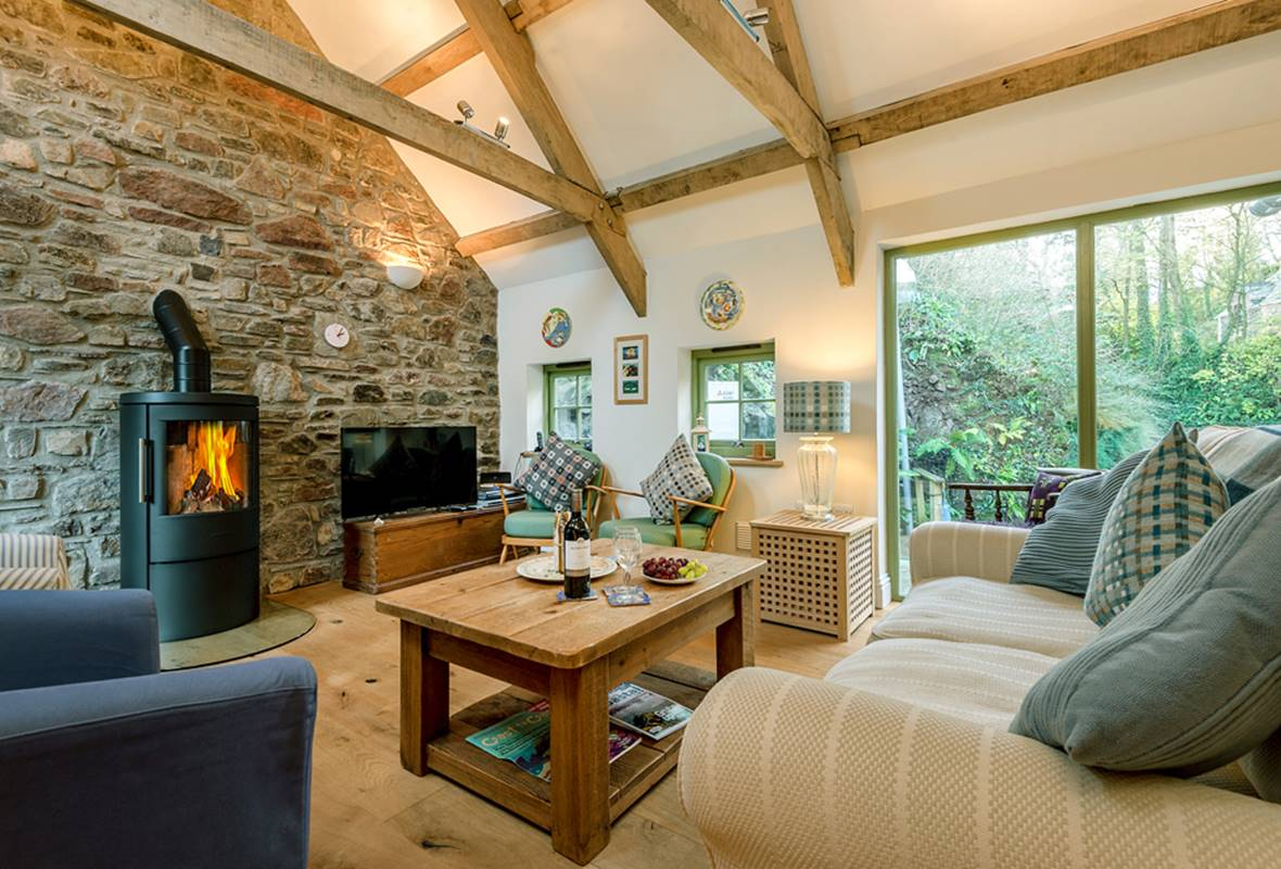 Sloop Inn Cottage - 4 Star Holiday Cottage - Sandy Haven, Pembrokeshire, Wales