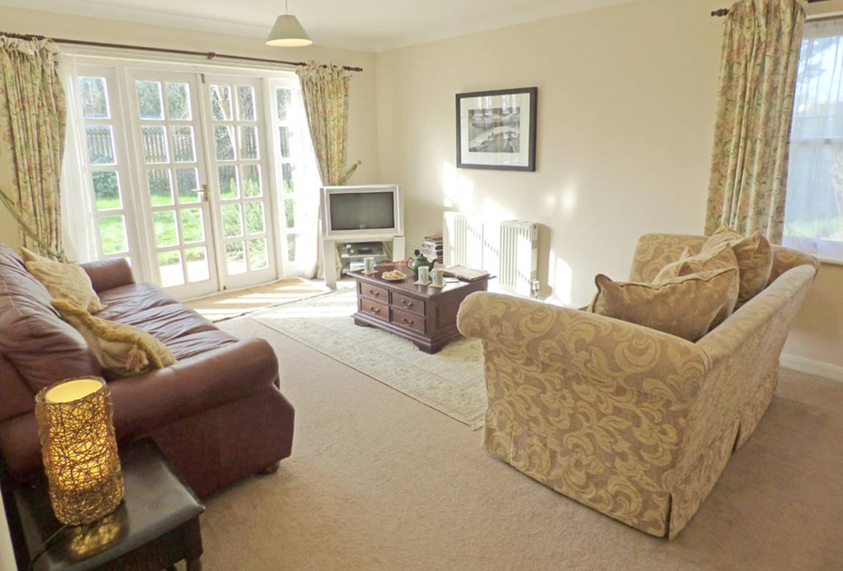 Pine Cottage - 4 Star Holiday Cottage - Stackpole, Pembrokeshire, Wales